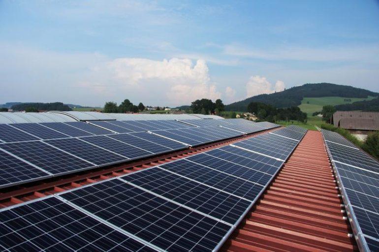 Oddawanie energii do sieci Fotowoltaika 770x513 - Inwertery Sofar Solar