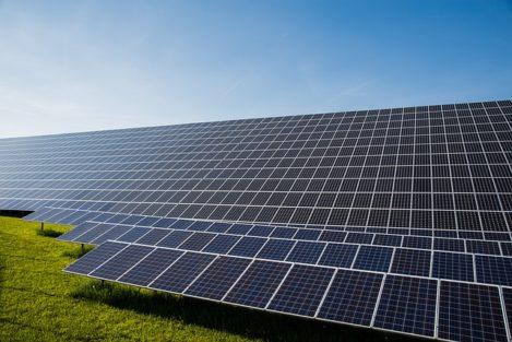 Wymiary Paneli Fotowoltaicznych - Co to jest kWp?