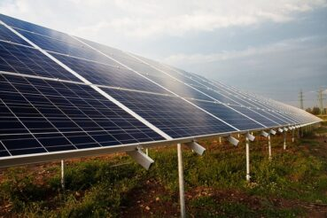 wytrzymałość paneli słonecznych na warunki pogodowe