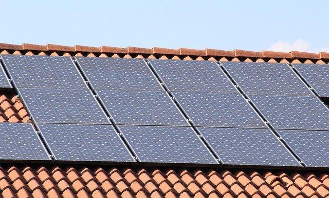 solar panels 1273129 640 - Fotowoltaika Rybnik
