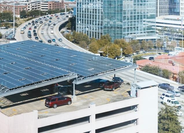 wiata samochodowa z paneli fotowoltaicznych - Inwertery Sofar Solar